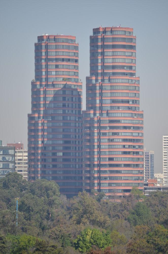 Edificios en Paseo de la Reforma by moza100