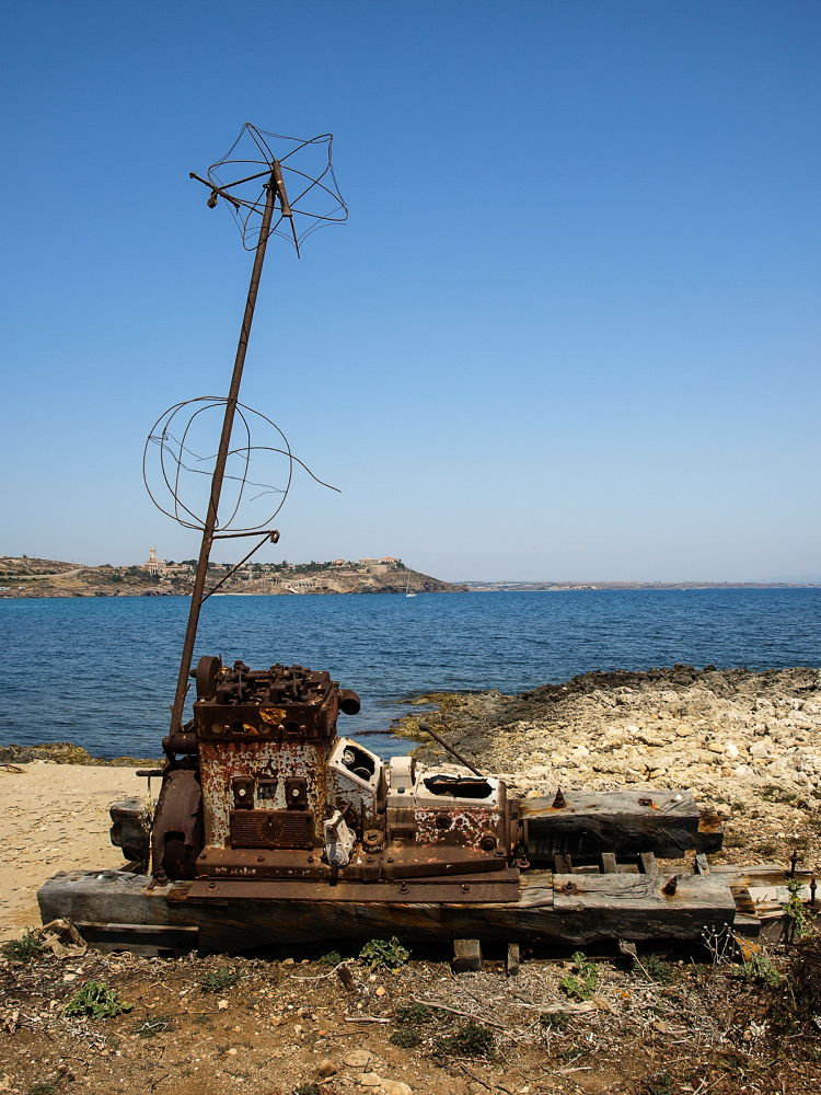 Capo Passero Isola by Fotoabbate