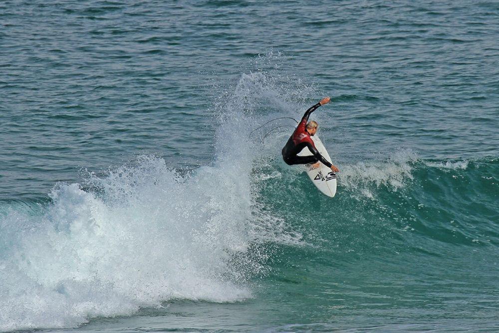 Surfing @Blackhead Beach NZ by Lloyd Palmer Photography (LPics)