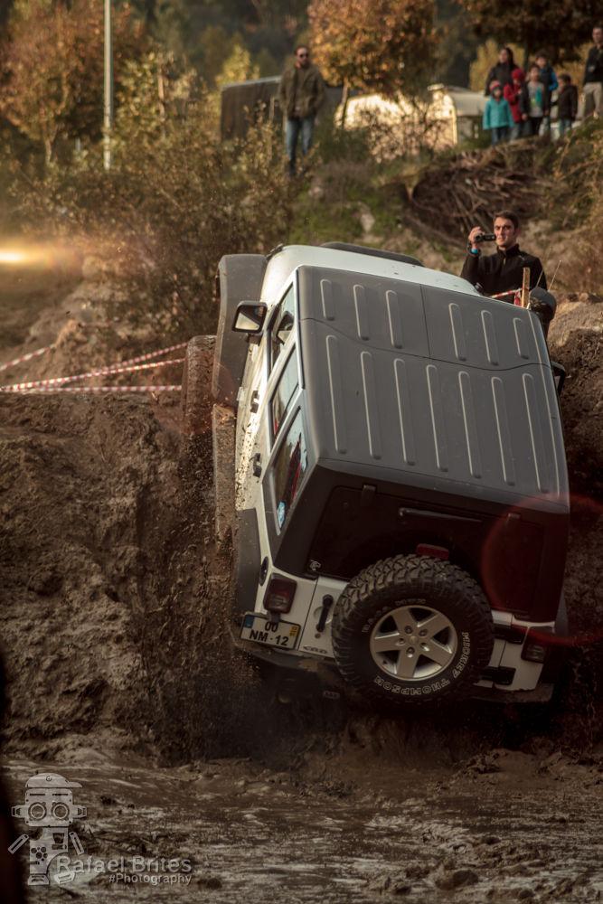 Jeep by Rafael Brites