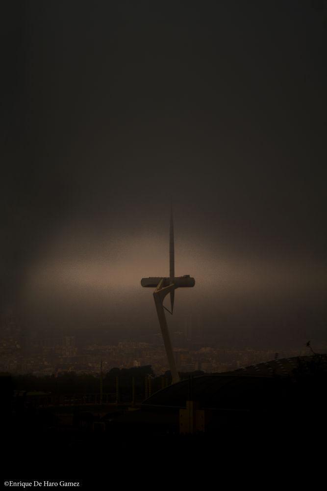 Under the storm. by Enrique de haro gamez