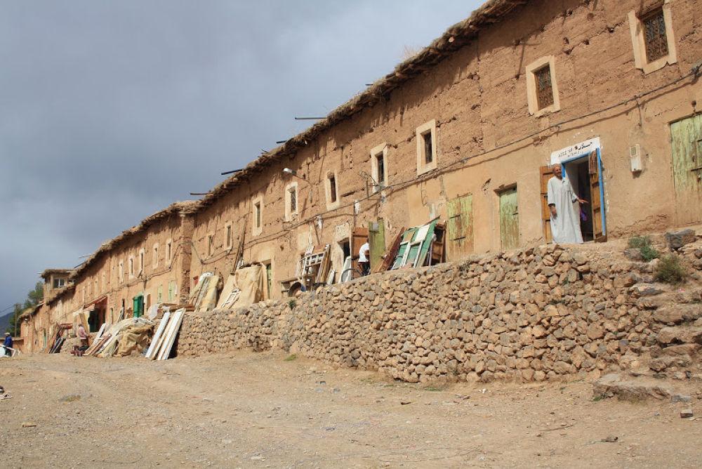 La vallée d'Aït Bouguemmez Maroc by Hassane Monkachi
