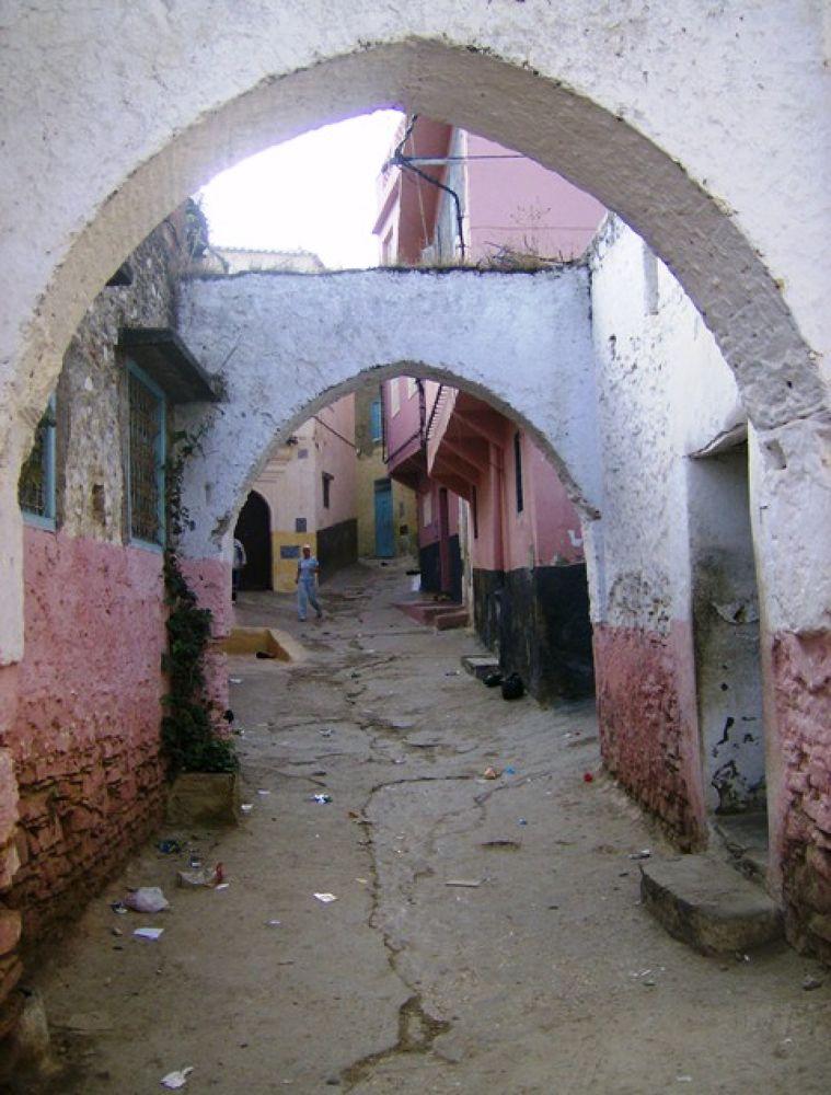 Médina de Ouezzane Maroc by Hassane Monkachi
