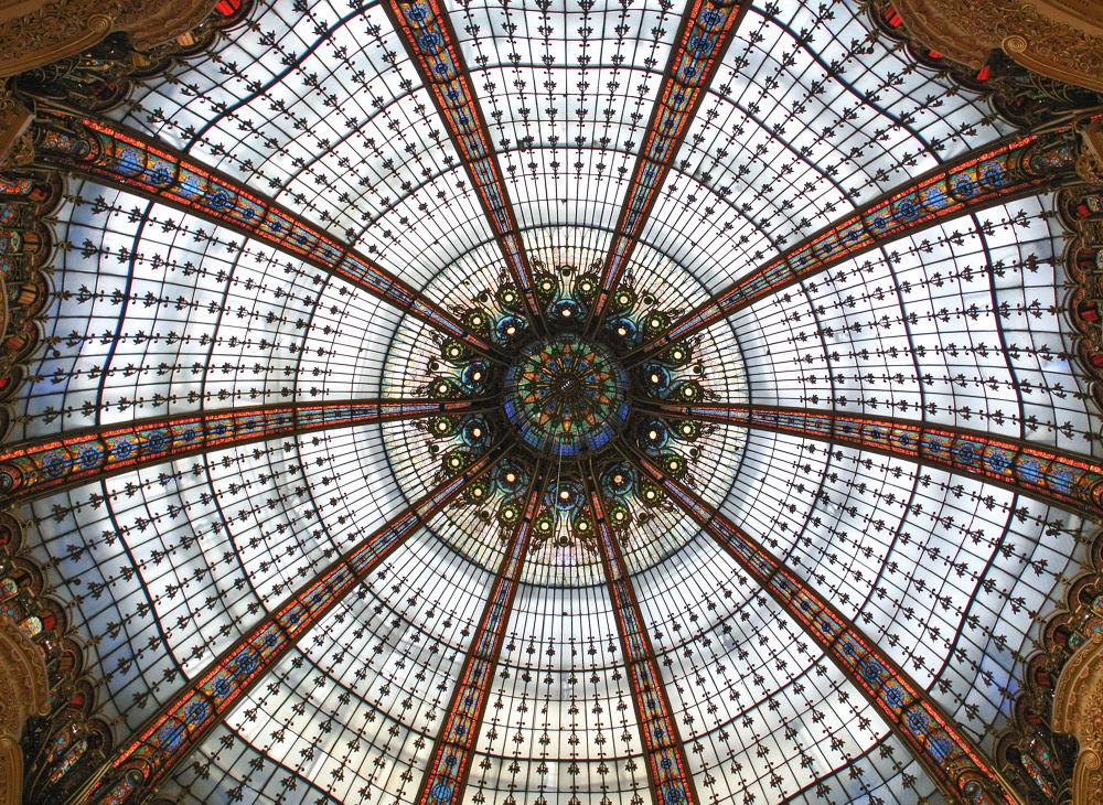 Paris, Galleries Lafayette  by Tobias Riedl