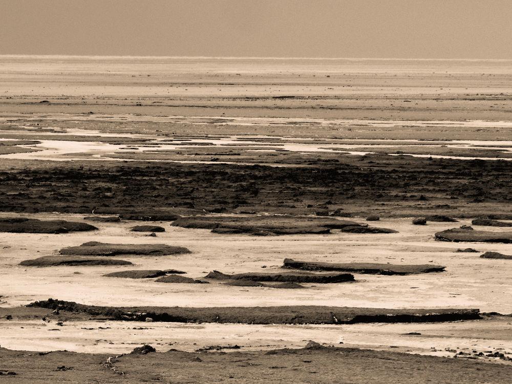 Dried Lake Urmia by mehdi_baran