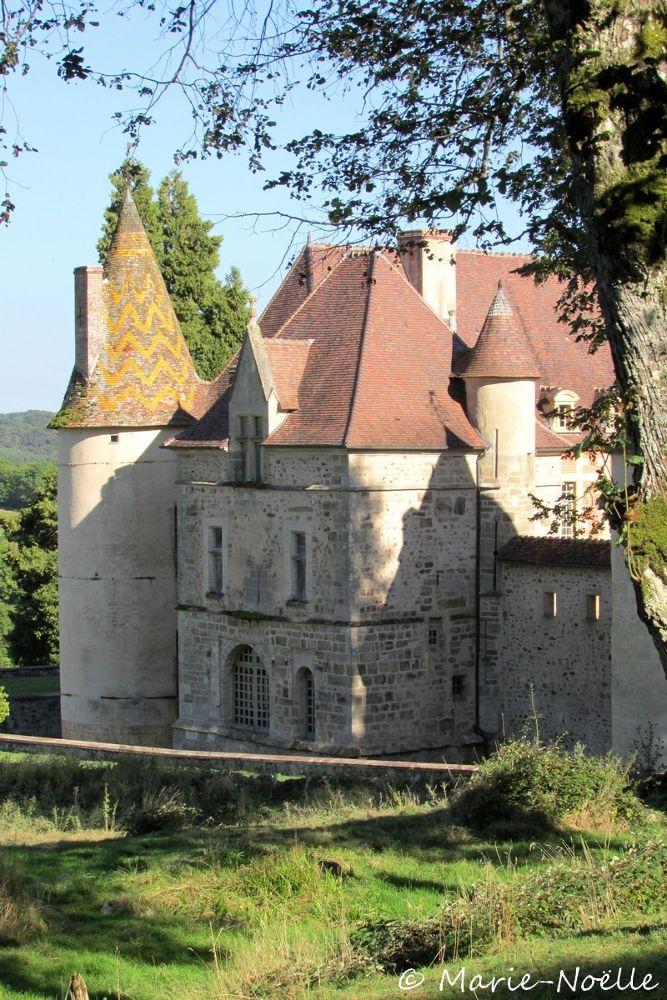 château  by MarieNoelle