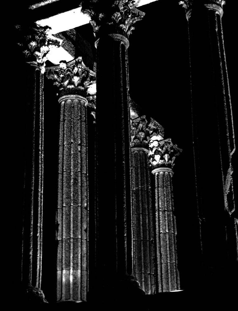 Templo Romano by RuiMiguelVieira