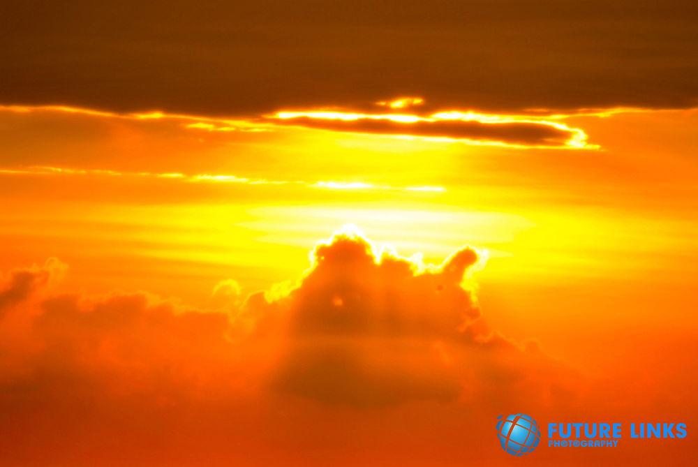 Sun Set by mehesuru