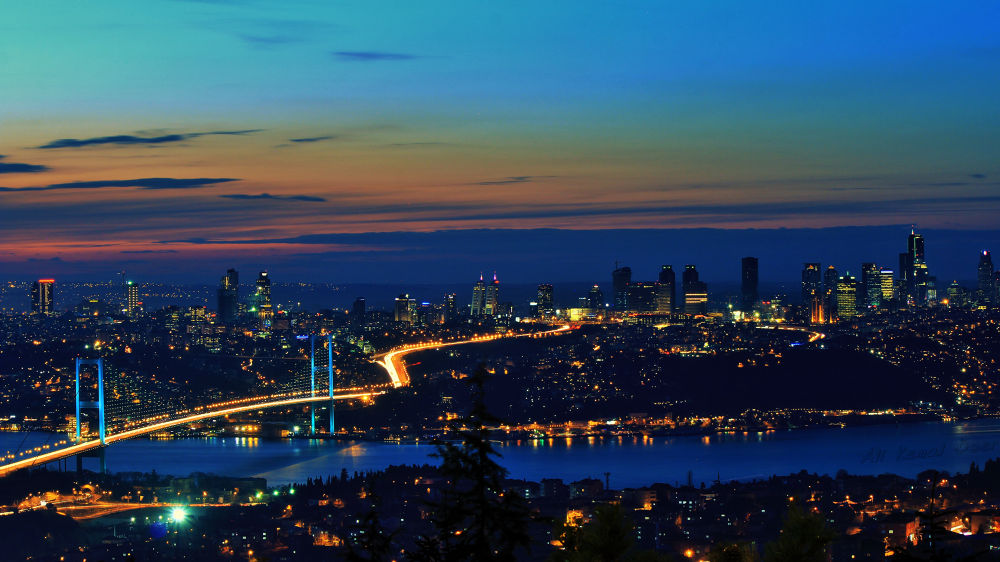 İstanbul Bosphorus by Ali Kemal Özer