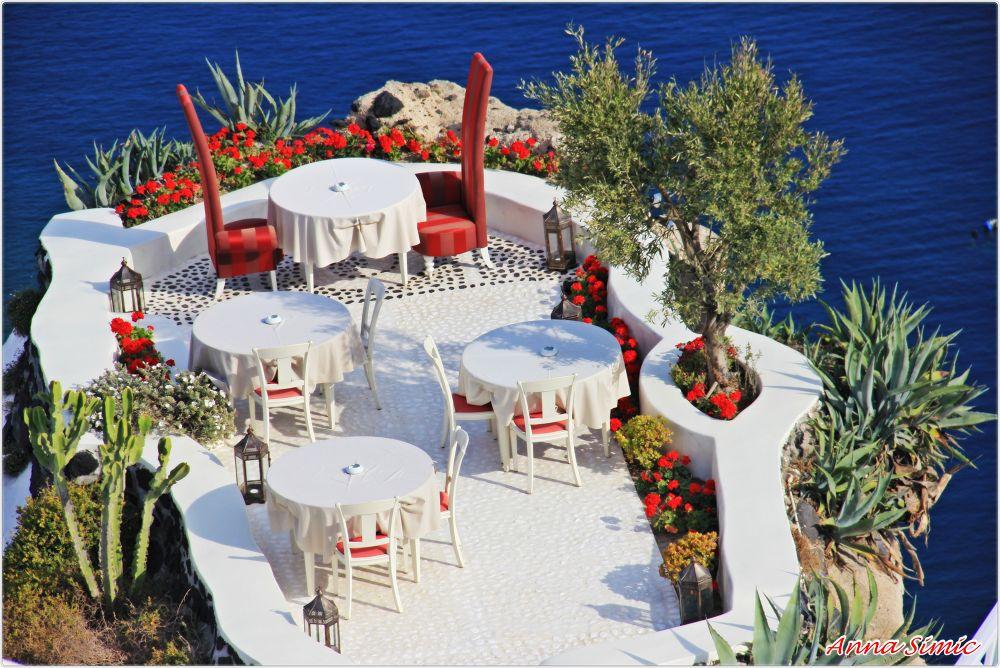 Romantic Santorini by Anna Simic