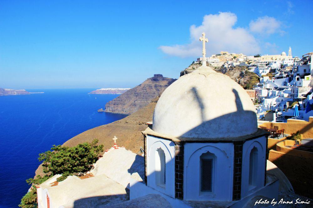 Fira-Santorini by Anna Simic