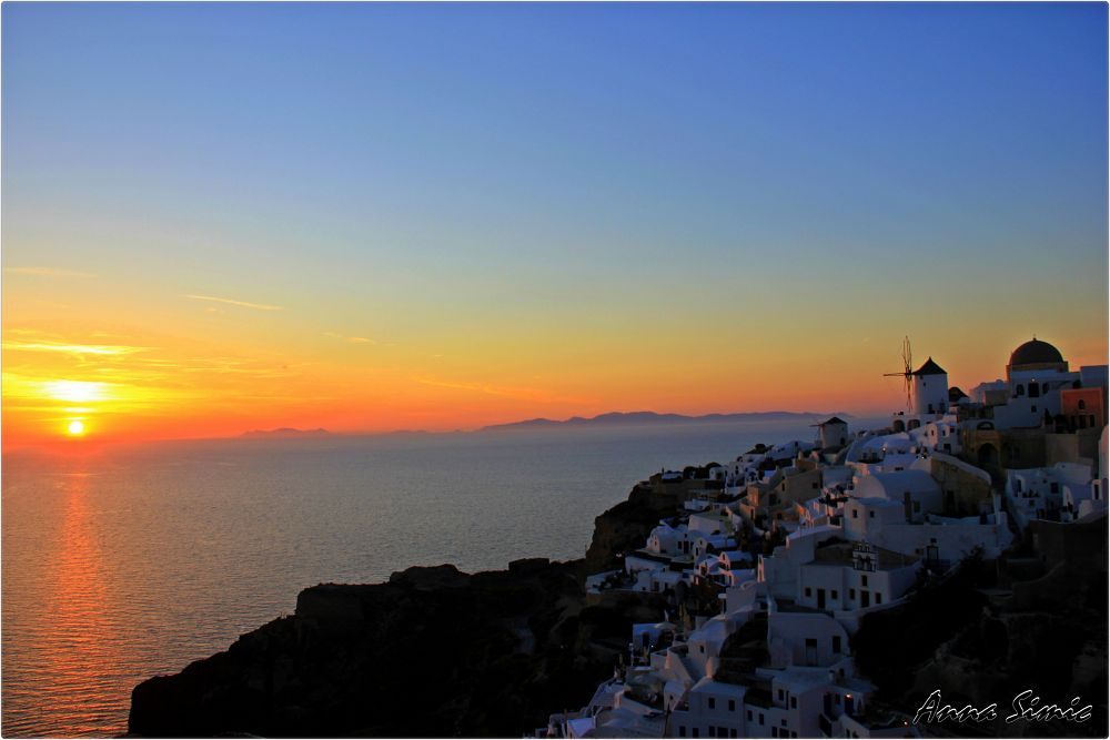 Oia Sunset by Anna Simic