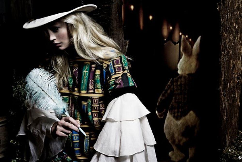 Alice In Wonderland by Lexii Johnston