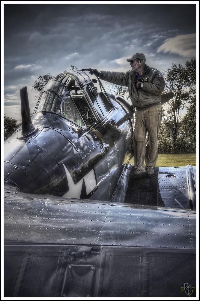 Pilot check up by xelaxu