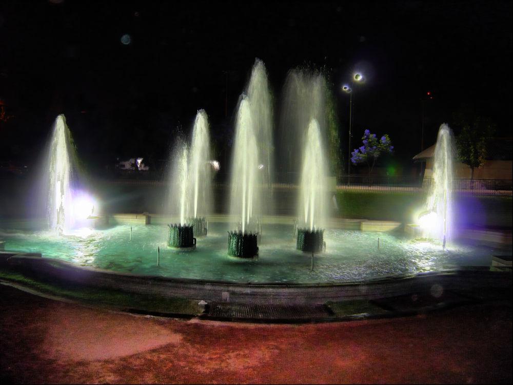 Fontana by kako