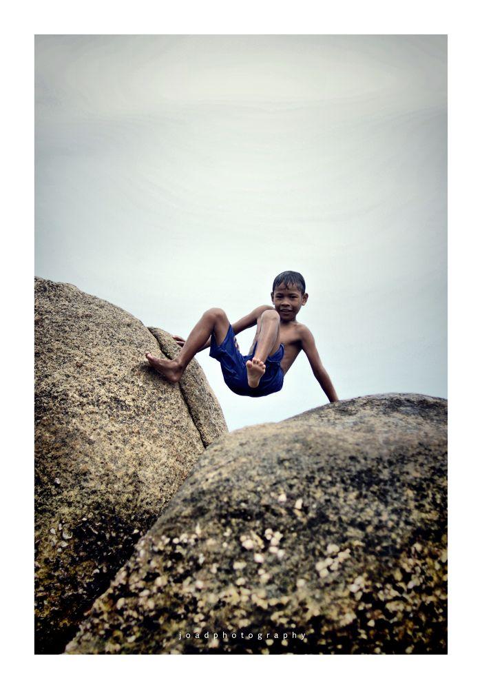 child by Joad Hartowiyono