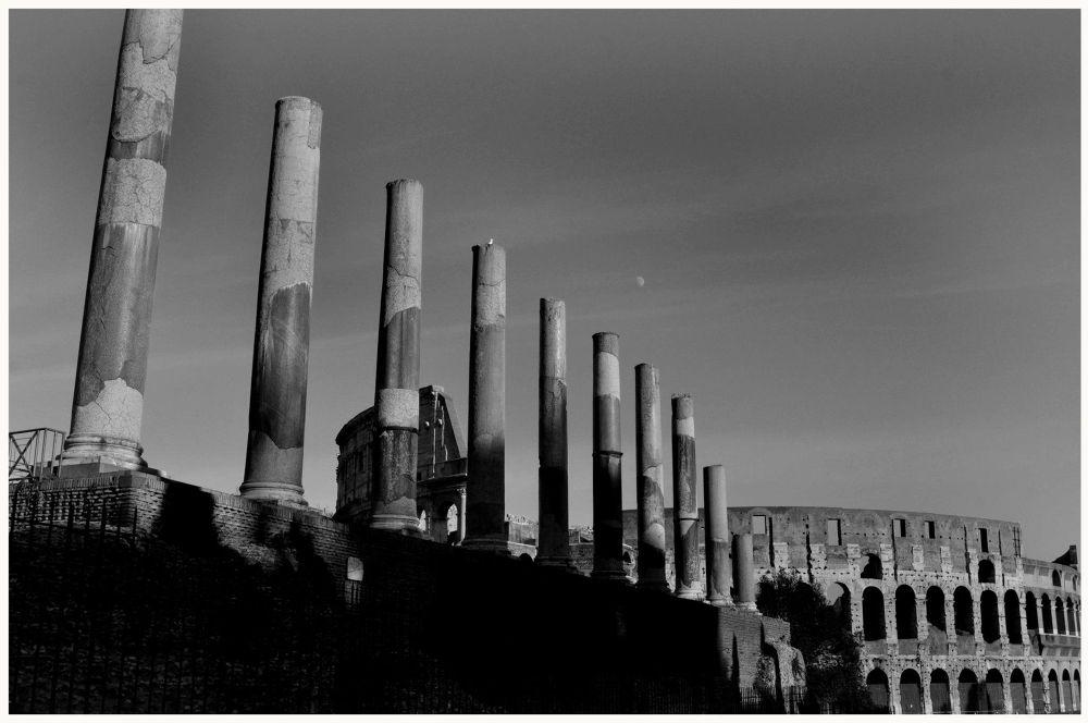Colosseo (Anfiteatro Flavio) by rdmarco69