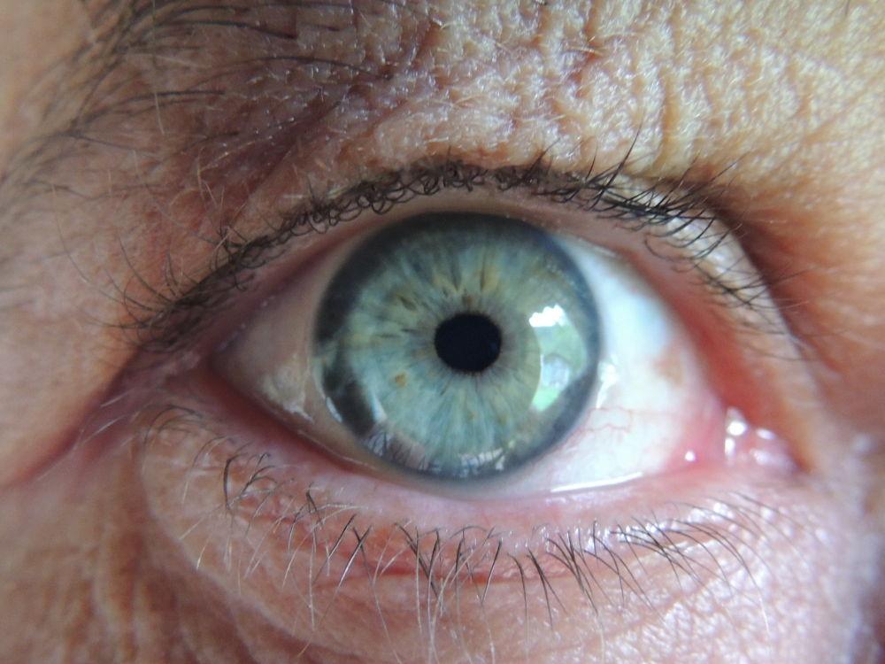 olhos azuis by LekaCarvalho