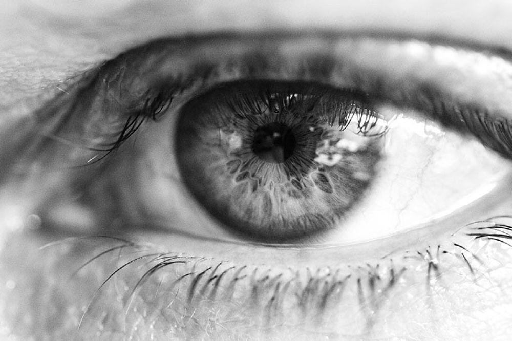 Eye.jpg by Luca Belogi