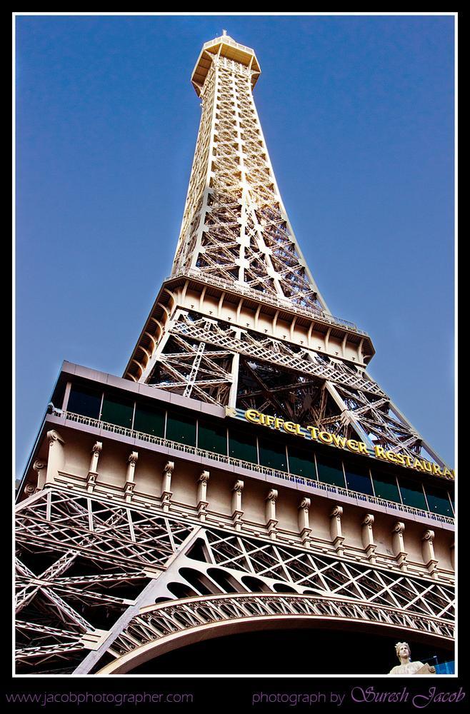 Eiffel View by Jacob Fotografer