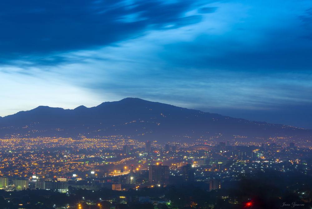 San Jose.Costa Rica by JuanZamora