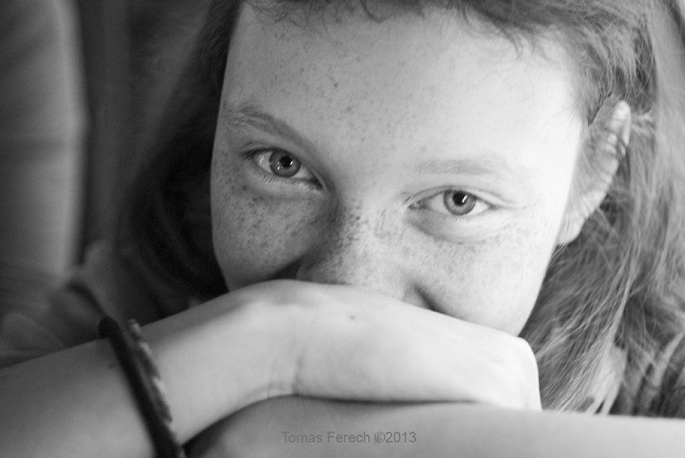 smile by Tomas Ferech