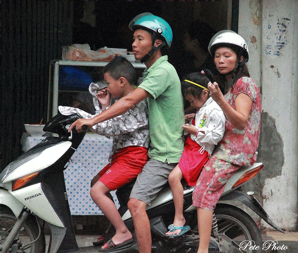 Family Outing, Old Hanoi, Vietnam. by petewong
