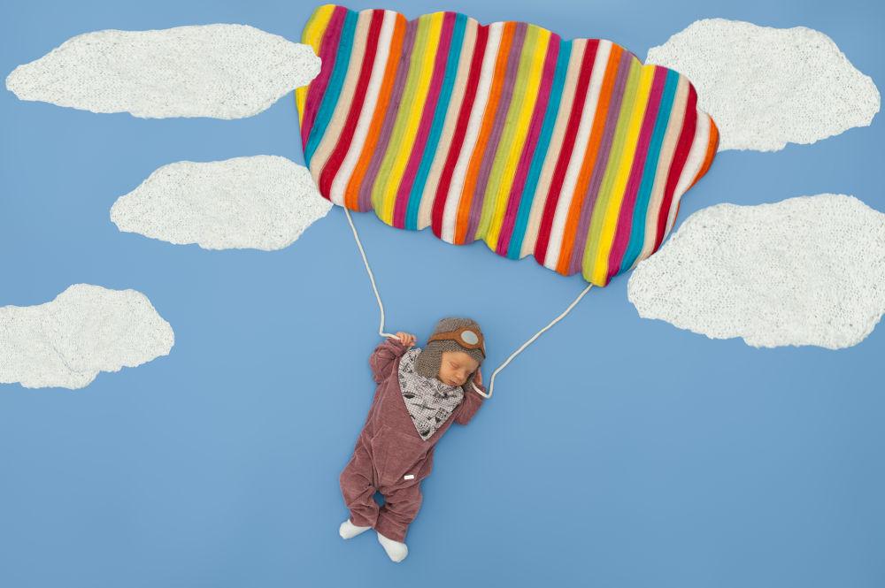 Pequeno Paraquedista! by Akemi estudio Fotografia