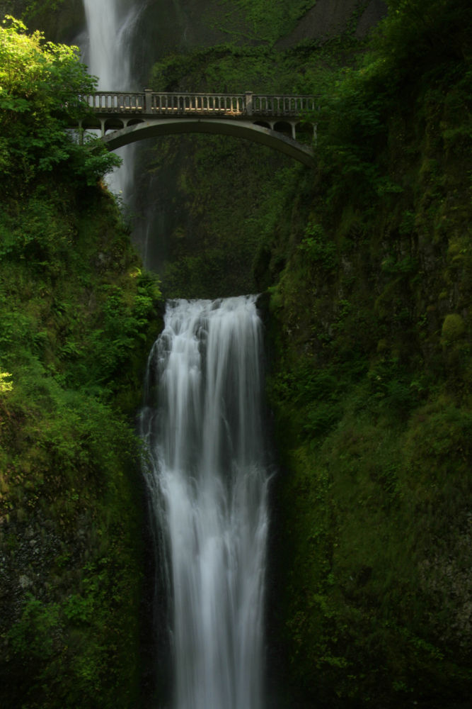 Multnoma Falls by Marra Clay