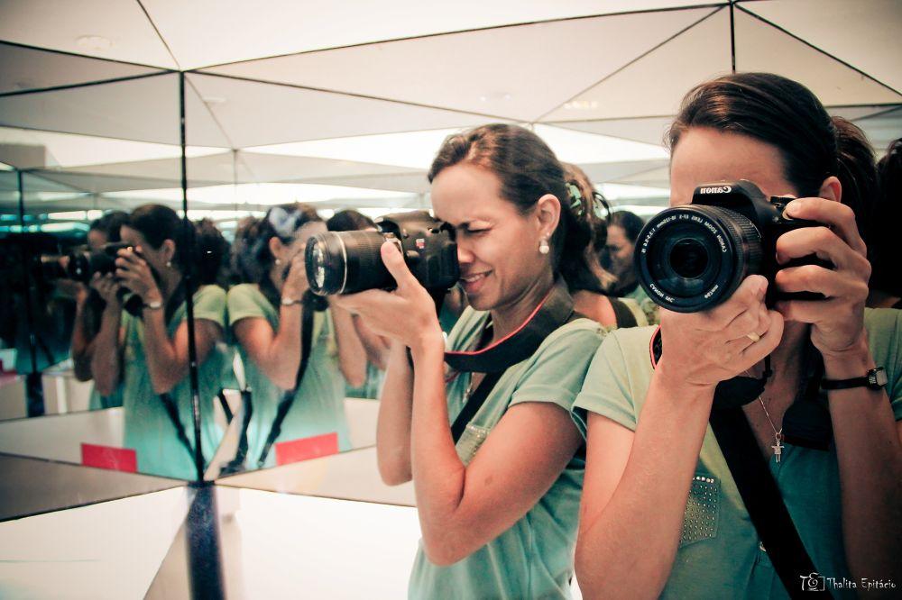 Fotógrafa no espelho by ThalitaEpitacio