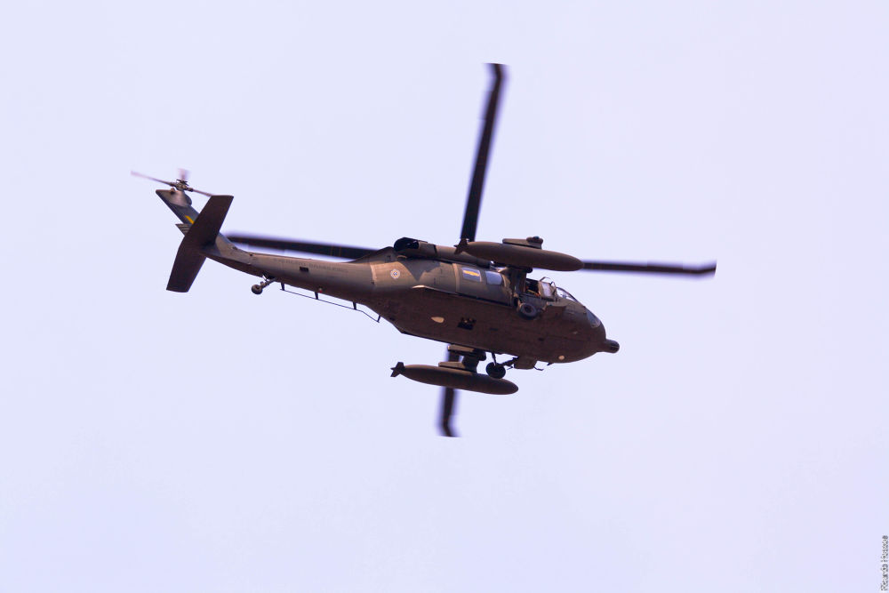 Military helicopter - Brazil by rhossoe