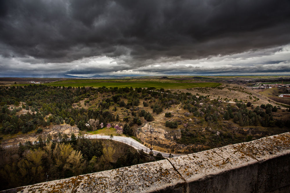 Spanish countryside by mikewphoto