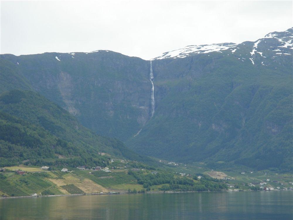 Photo in Random #hardangerfjorden