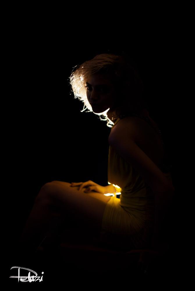 Shadow Lady by Delaram Razi
