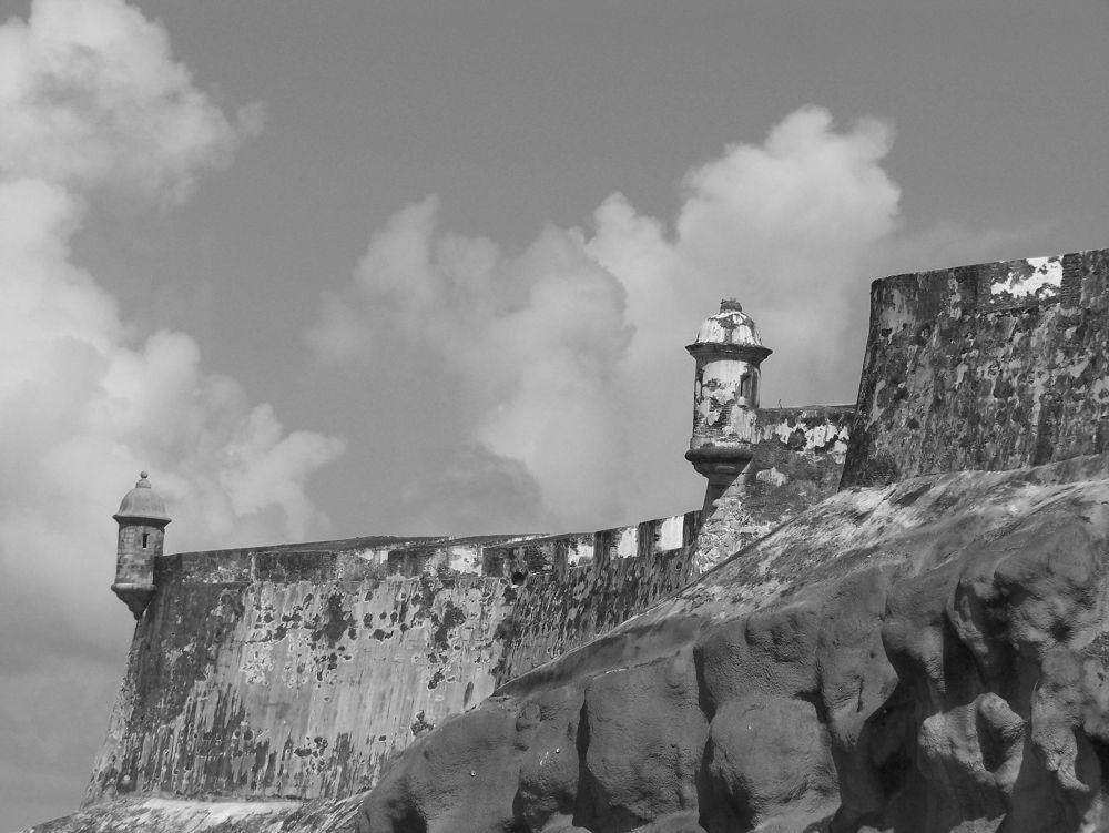 Garitas - El Moro, Old San Juan, Puerto Rico by angleonthebow