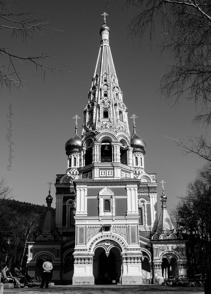 Russian Church  by Emil Topalov