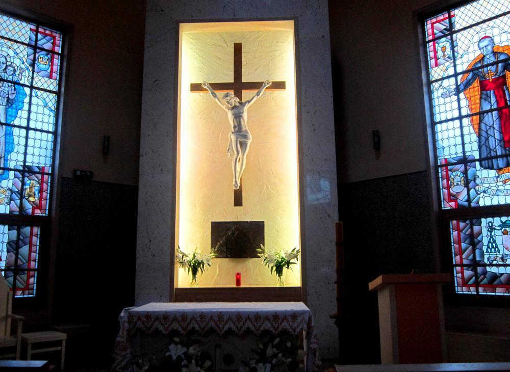 Photo in Random #chapel #the chapel #in the chapel #cross #the cross #burden #suffering #church #the church