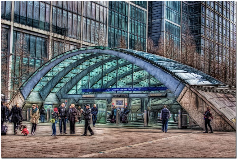 Canary Wharf Station  by Roland Juice