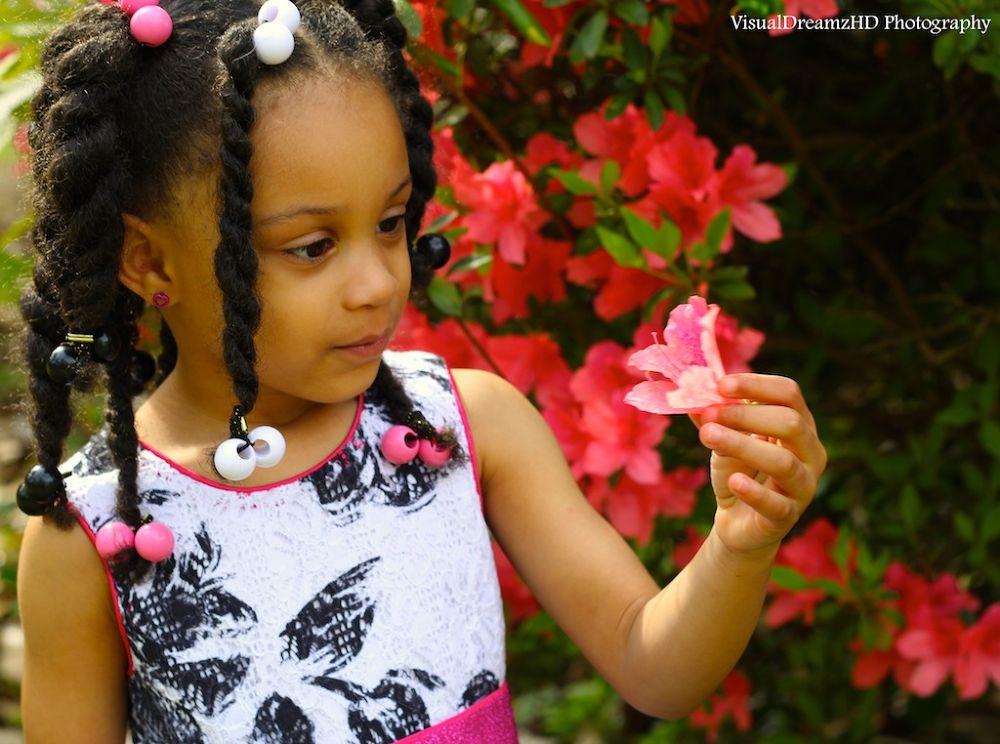 Pretty Girls, Pretty Flowers by VisualDreamzHd Films & Photography