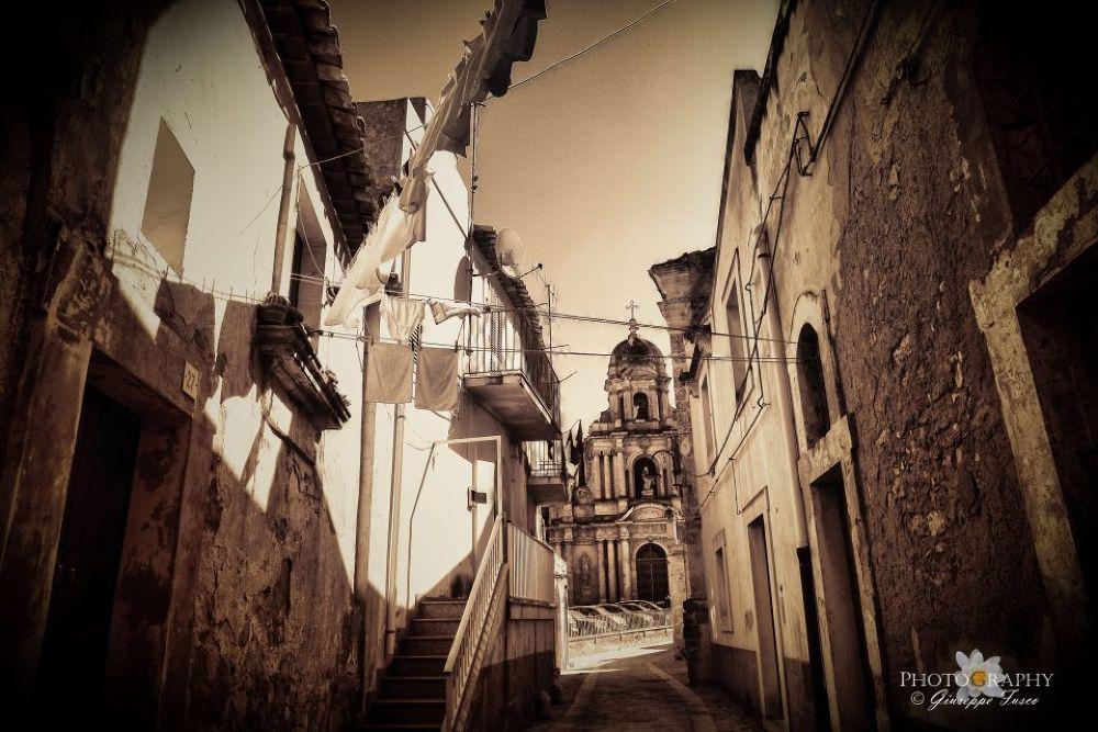 Ragusa Ibla in Sicily by flypepper