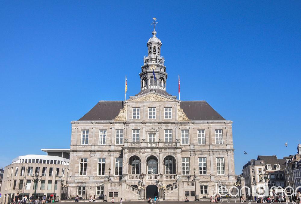 City Hall Maastricht by Jeanomar
