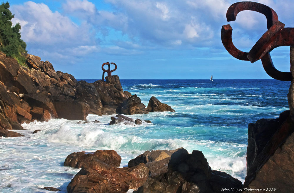 SAN SEBASTIAN : COMB THE WIND OF EDUARDO CHILLIDA by JohnVagios