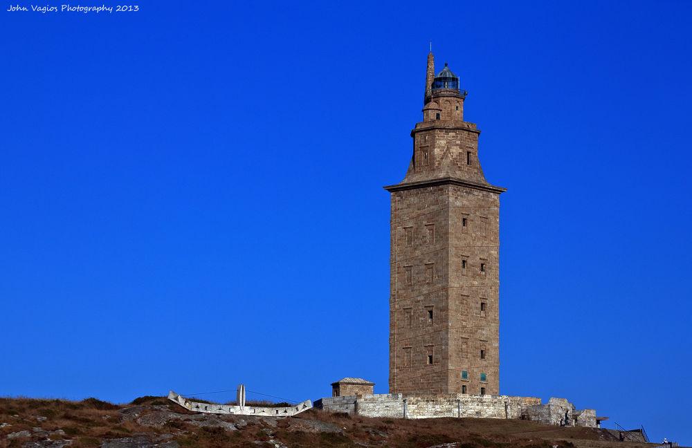 Faro Torre Hércules La Coruña Galicia España by JohnVagios