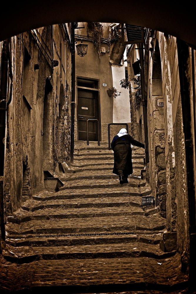 In un Vicolo a Taggia (IM) ITALIA by  Graziano Biancheri