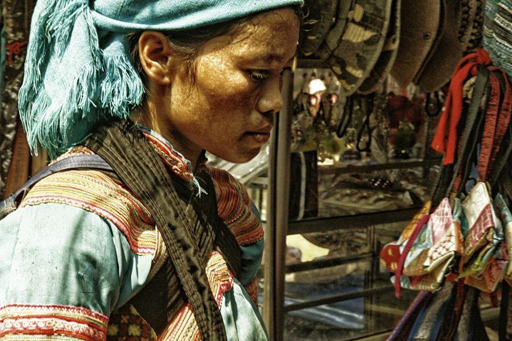 femme-au-marché by florentchaudemanche