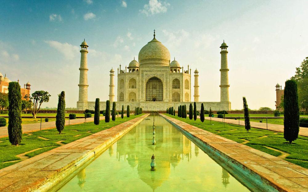 Taj Mahal.jpg by Lalit