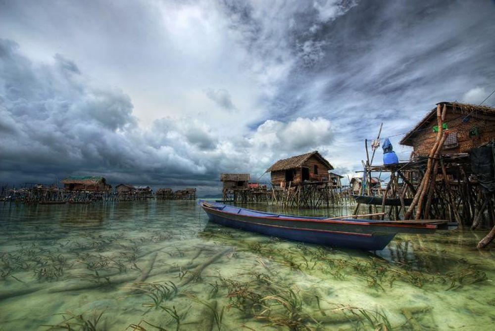 Sea Gypsies by Lalit Paunikar