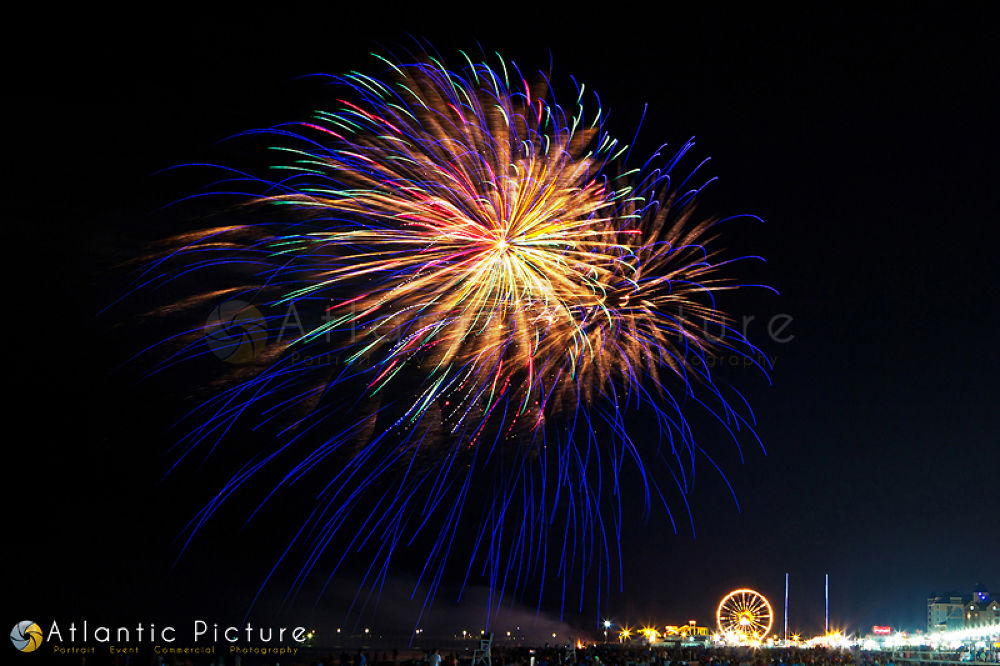 4th of July Fireworks by AtlanticPicture