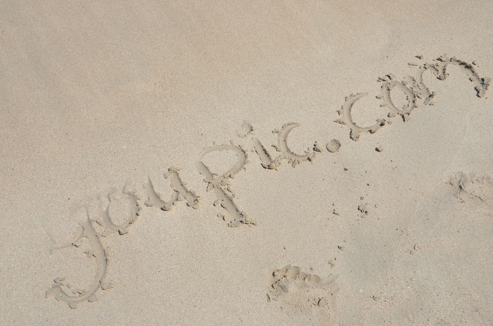 YouPic in the sand by Navid Razazi