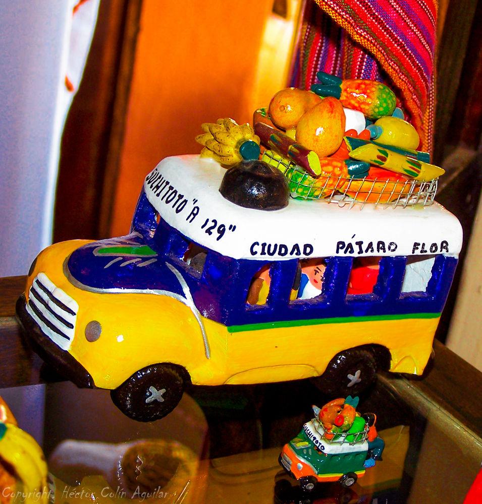 El Bus de Suchitoto by Ich Ochel Mexikoo